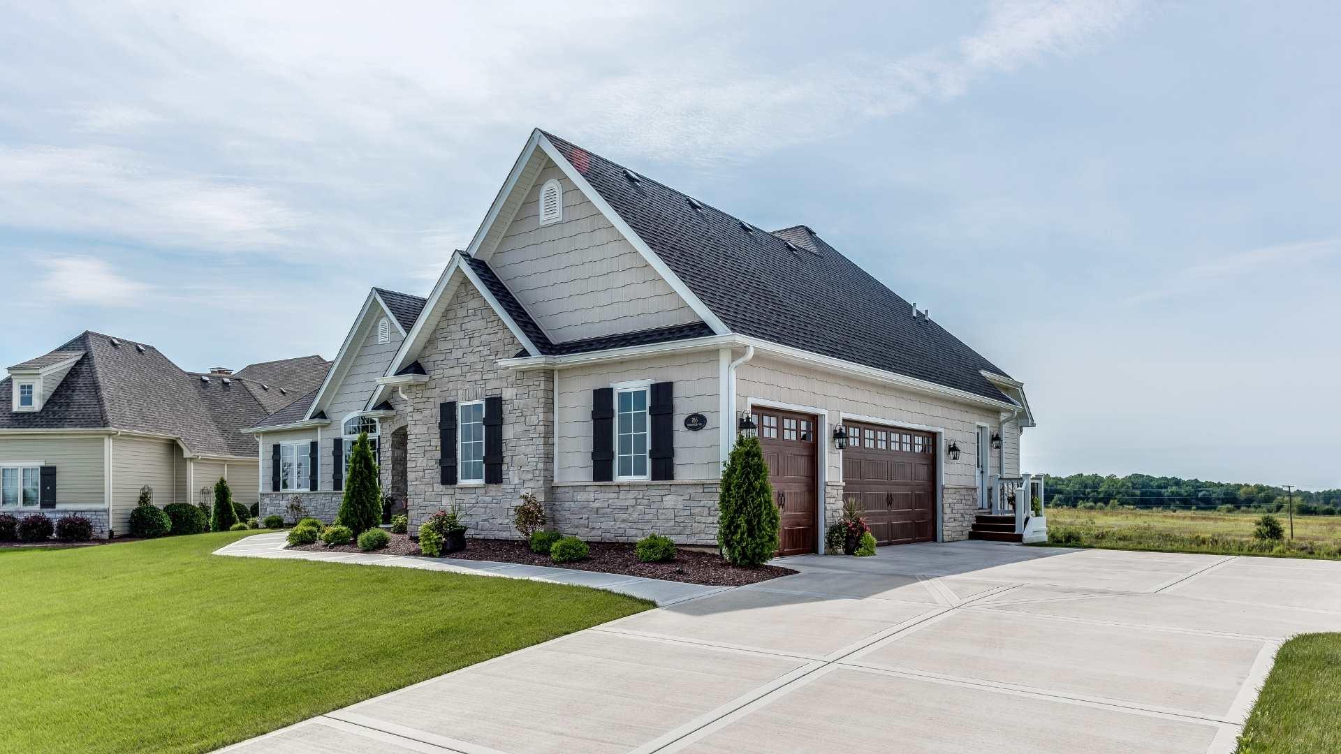 residential roof repair (1)